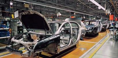 カー生産ラインのイメージ写真